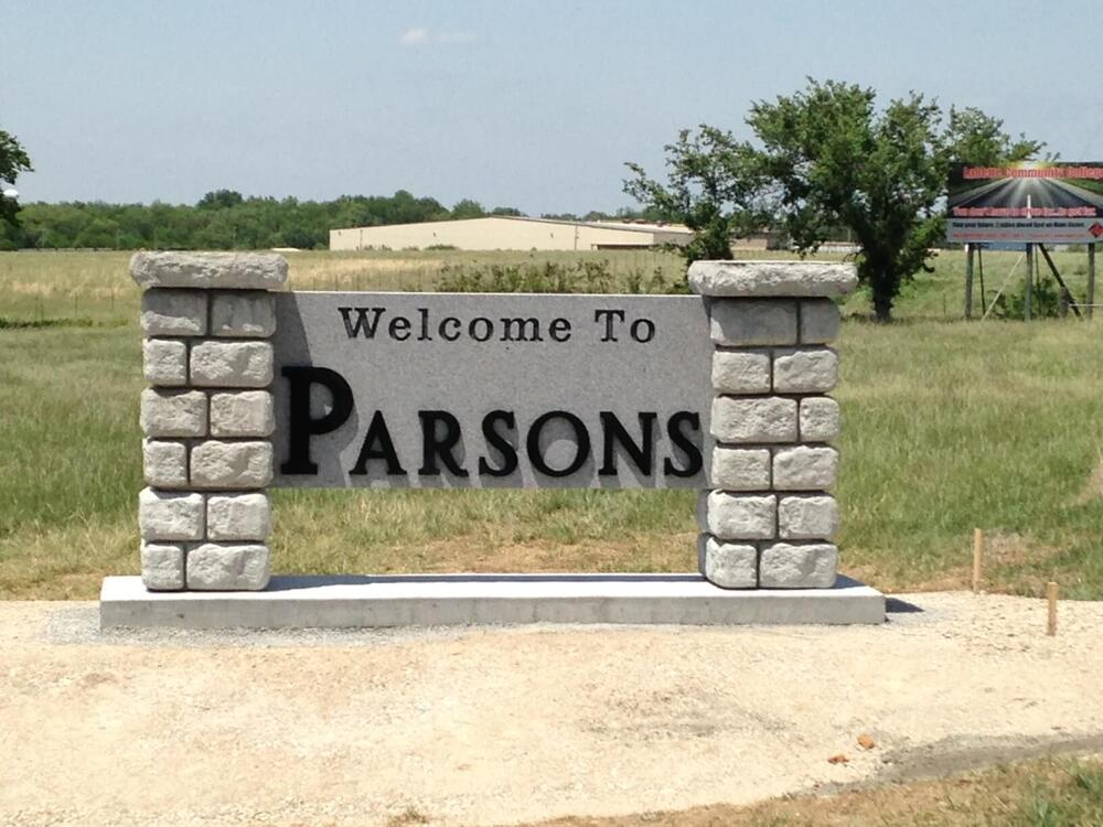 Welcome to Parsons sign